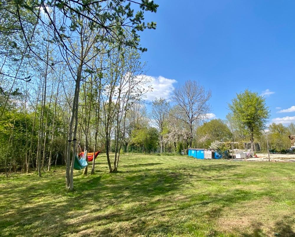 Aire camping-car à Clavé (79420) - Photo 1